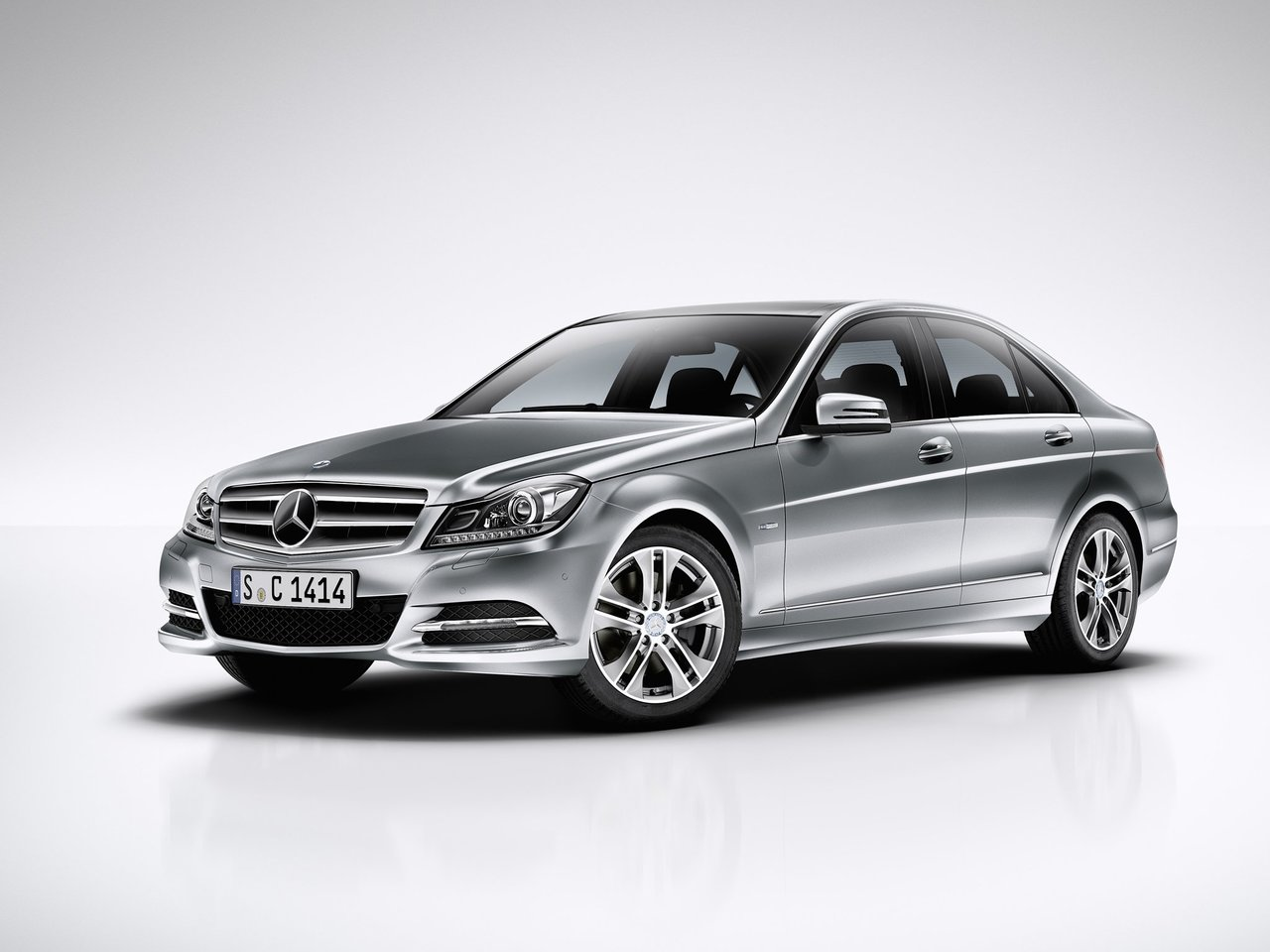 Mercedes-Benz C-klasse III (W204) Restyling on Chedot